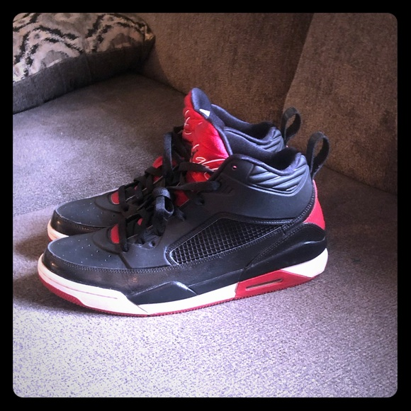 brand new 947b6 a4758 Jordan Flight 9 Bred men's size 11 sneakers